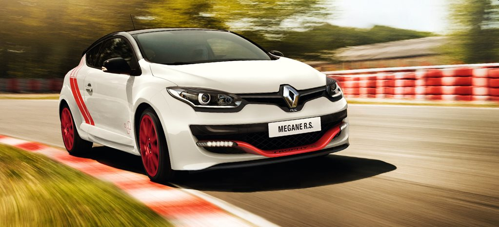 Snackable Review: Renault Megane RS275 Trophy-R