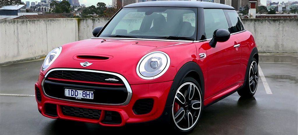 Mini JCW Video Review