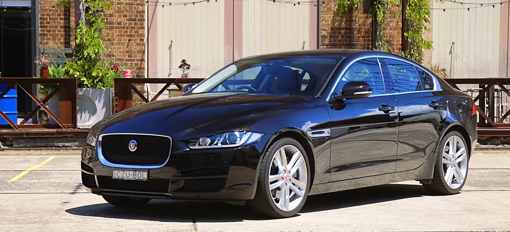 Jaguar XE 25t Portfolio Quick Review Video
