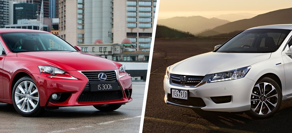 Lexus IS300h Luxury v Honda Accord Sport Hybrid comparison review