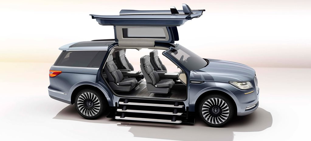New York Auto Show: Lincoln Navigator Concept showcases staircase entry and mobile wardrobe