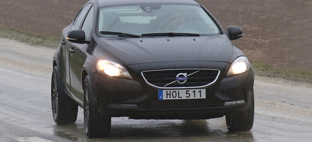 Volvo XC40 baby SUV spotted testing