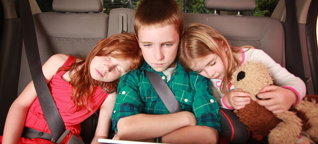 Children in backseat of car