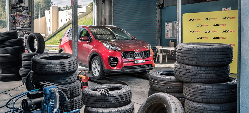 SUV tyre test with Kia Sportage
