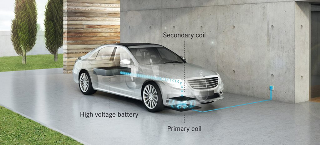 Mercedes-Benz S-Class inductive charging