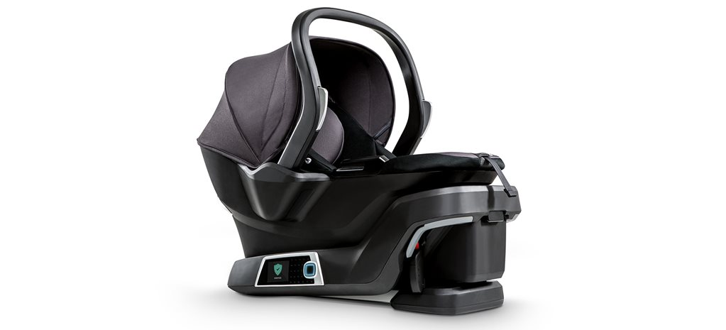 Self installing child car seat