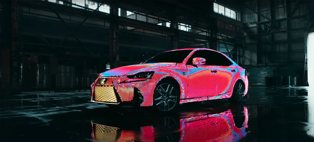 Lexus IS lights up for music video with 41,999 LEDs