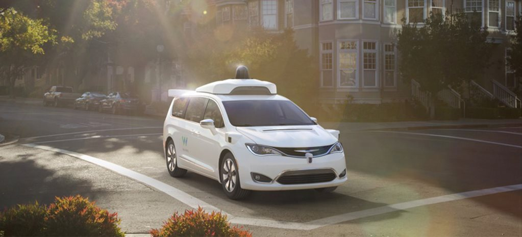 Google self-driving cars gets passengers