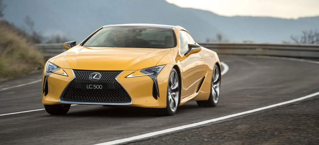 2017 Lexus LC500 and LC500h hybrid arrive with identical $190K pricetags