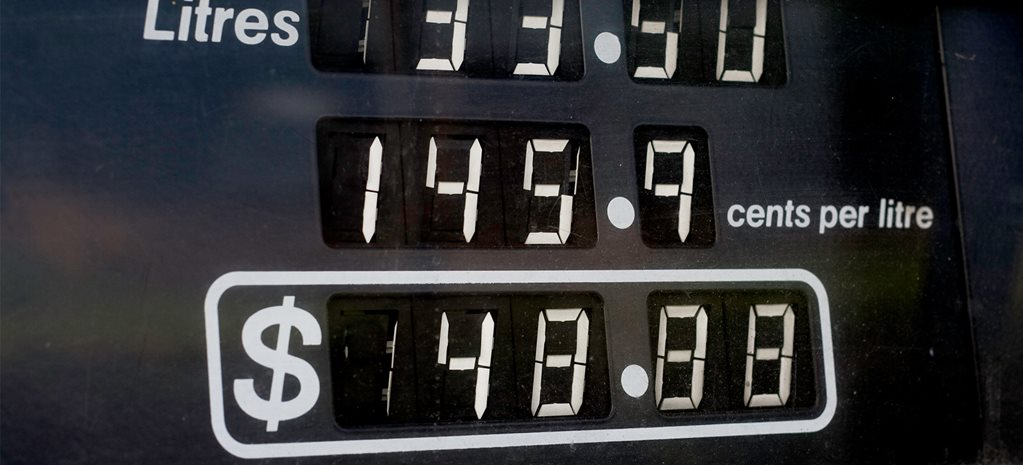 Motorists pay more at the pump despite 15-year fuel price lows