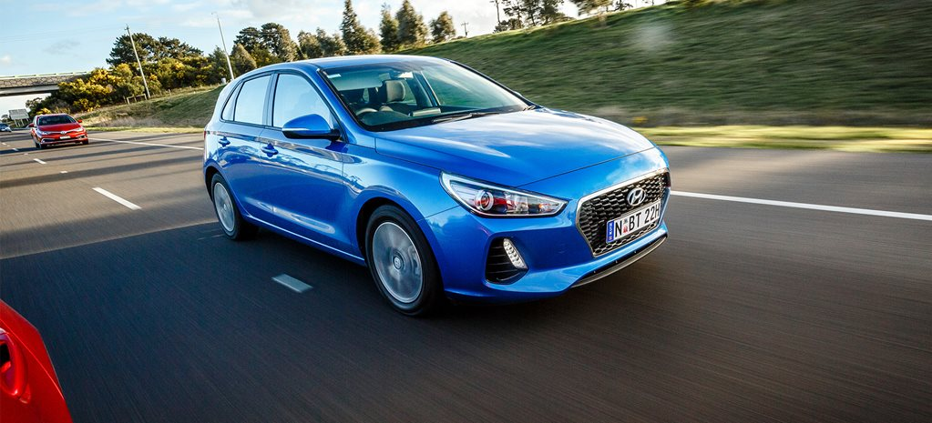 2017 Hyundai i30 review video