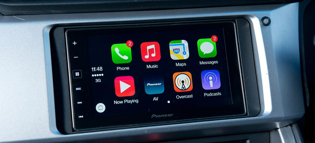 iPhone Android car smartphone mirroring