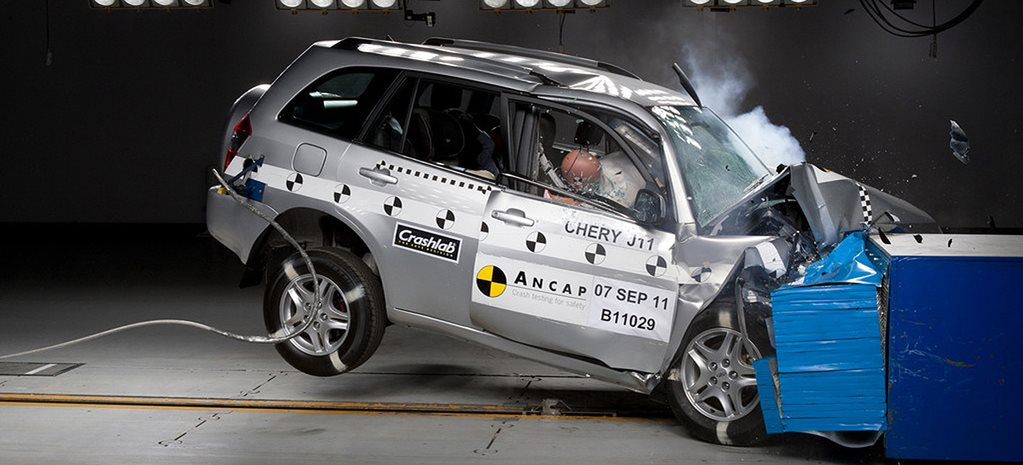 Chery J11 crash test