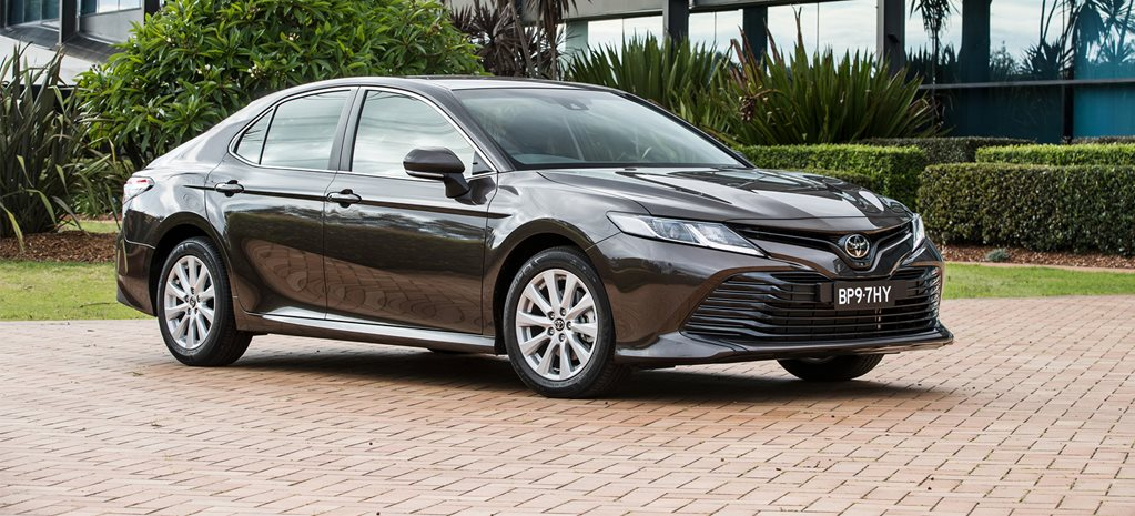 2018 Toyota Camry Ascent Hybrid quick review