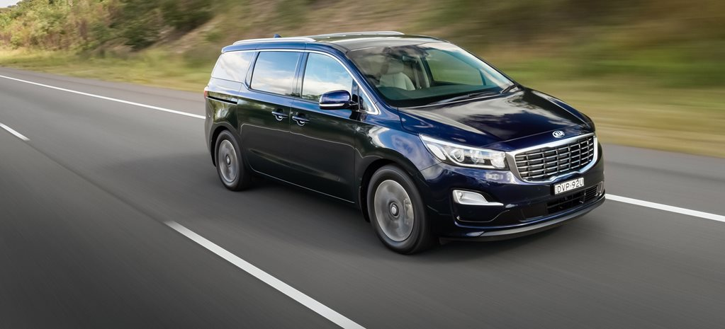 2018 Kia Carnival pricing and features