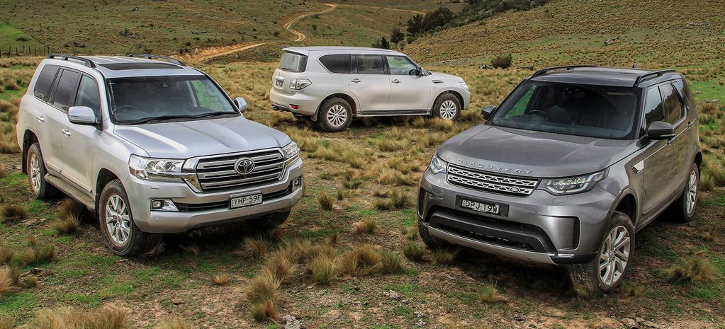 Toyota Land Rover >> 2018 Toyota Land Cruiser 200 Vs Land Rover Discovery Td6 Vs