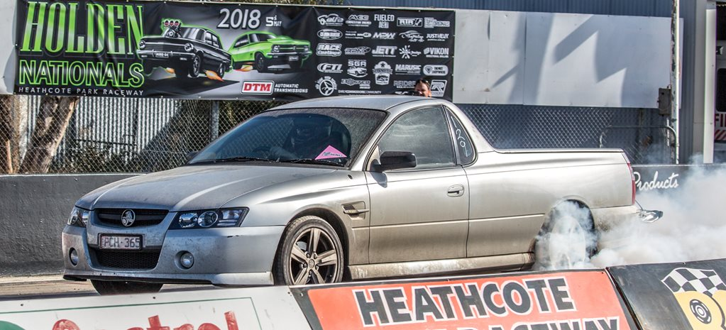 Nine-second daily-driver VZ Commodore ute – Video