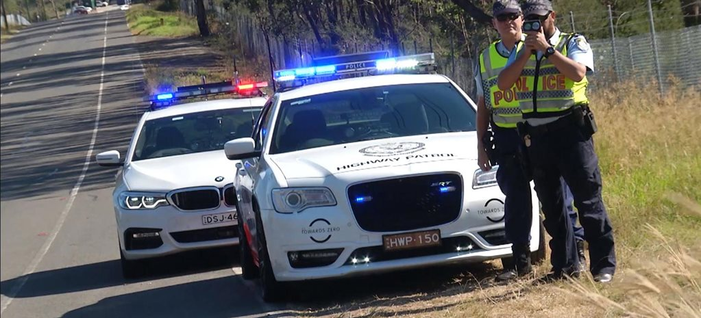 Chrysler 300 SRT BMW 530d for NSW Police news