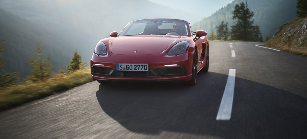 Porsche to clip showroom as it struggles to meet EU emissions deadline