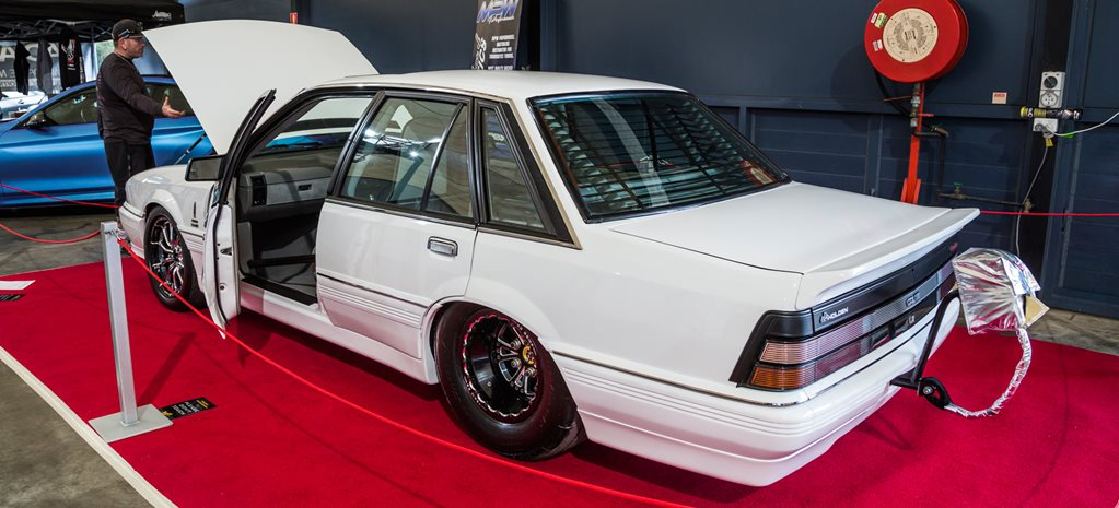 Twin-turbo 440ci HDT LE VL Calais at MotorEx – Video