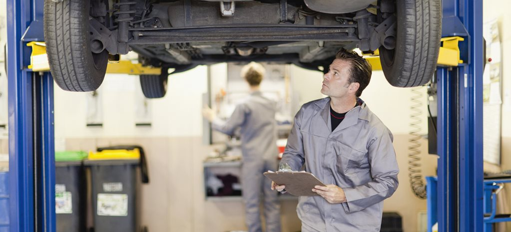 Scheduled car check-ups: what you should get and when