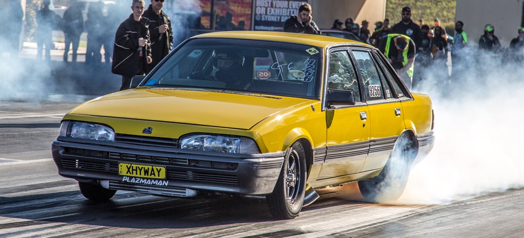 Single-cam RB30 VL Commodore runs sevens – Video
