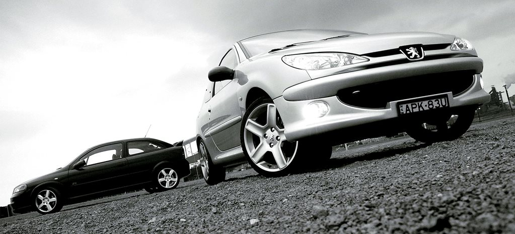 2004 Holden Astra SRi Turbo vs Peugeot 206 GTi 180 comparison review: classic MOTOR
