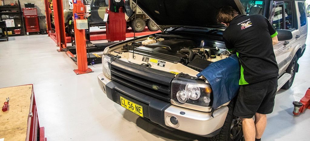 2003 land rover discovery 2 oil type