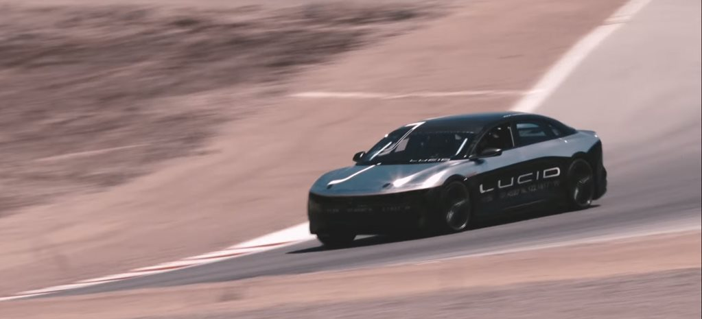 Electric super sedan beats Porsche 911 … sort of