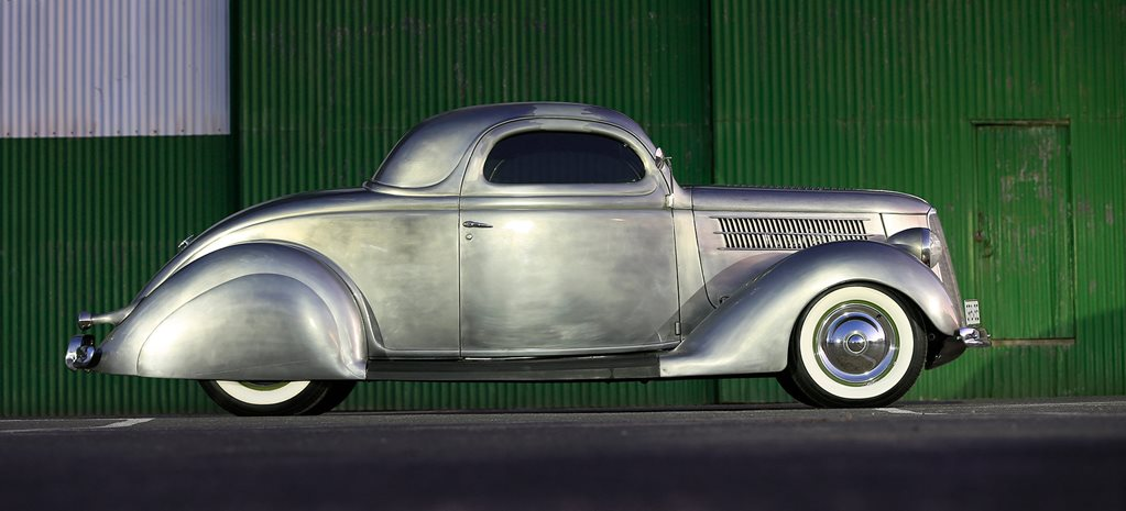 1936 Ford coupe side