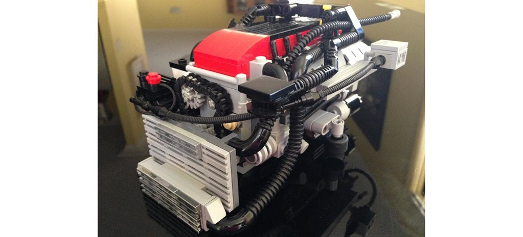 Meet the man building Aussie Ford engines from LEGO feature