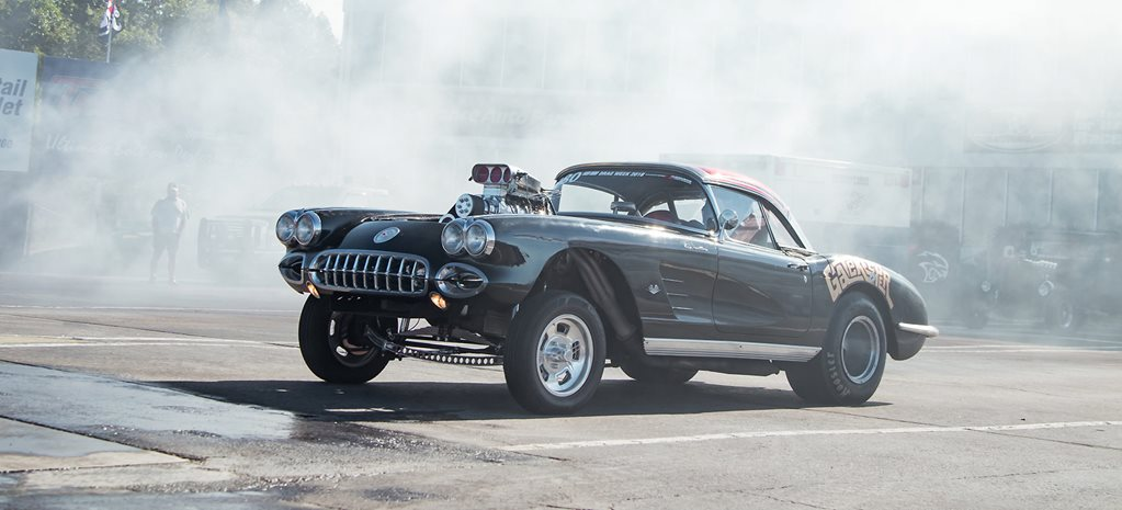 Rob Tansey's 1958 Corvette at Drag Week - video