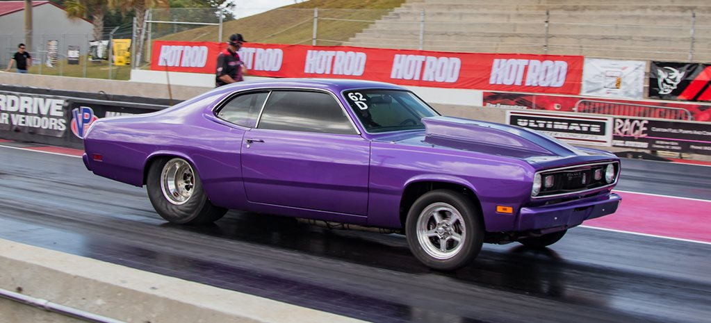 Michelle Heath's 1971 Plymouth Duster at Drag Week - video
