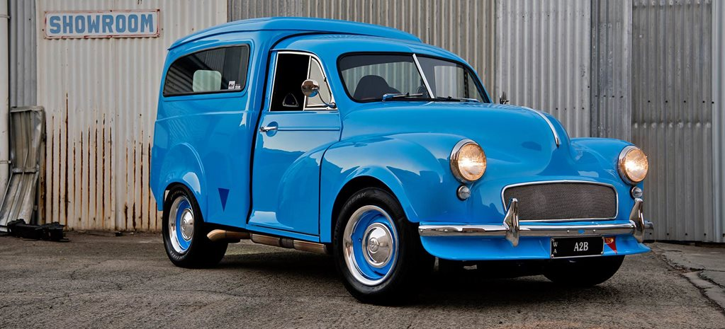 Rotary-powered Morris van - video