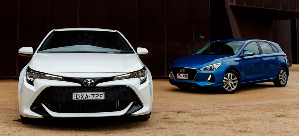 Hyundai i30 Active v Toyota Corolla Ascent Sport comparison review