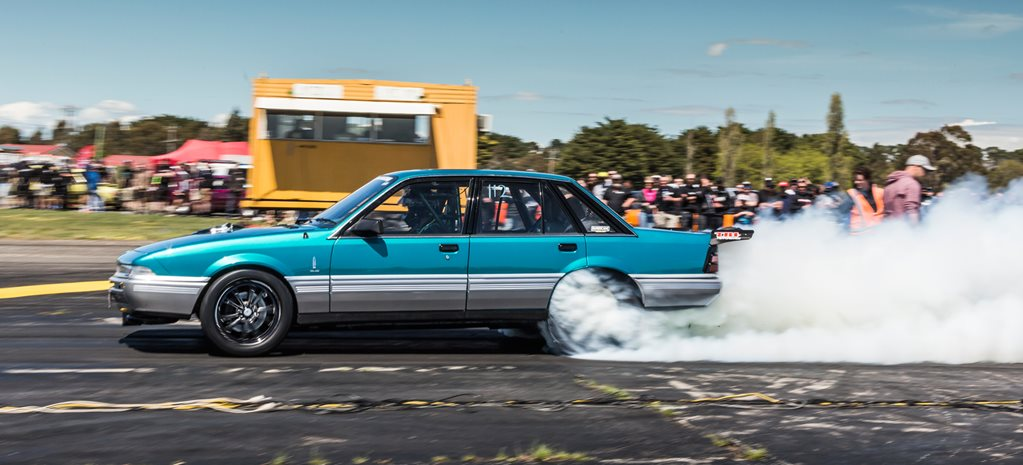 Twin-turbo big-block powered VL Calais coming to Drag Challenge - Video