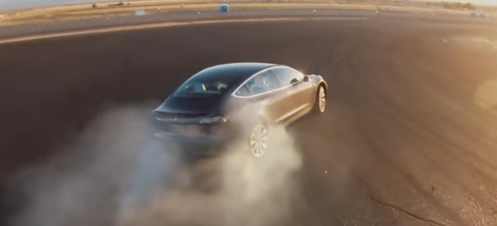 Tesla Model 3 gains Track Mode news