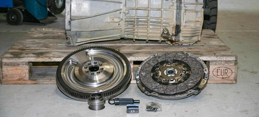 Regearing a Toyota LandCruiser 70 Series gearbox feature
