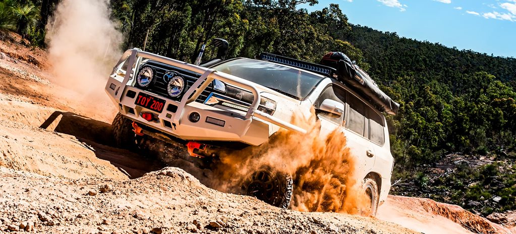 Custom Toyota LandCrusier 200 review feature