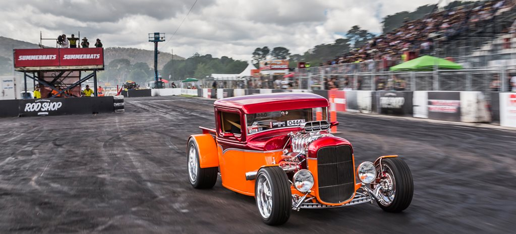 Rick Werner 1932 Ford wins Grand Champion at Street Machine Summernats 32