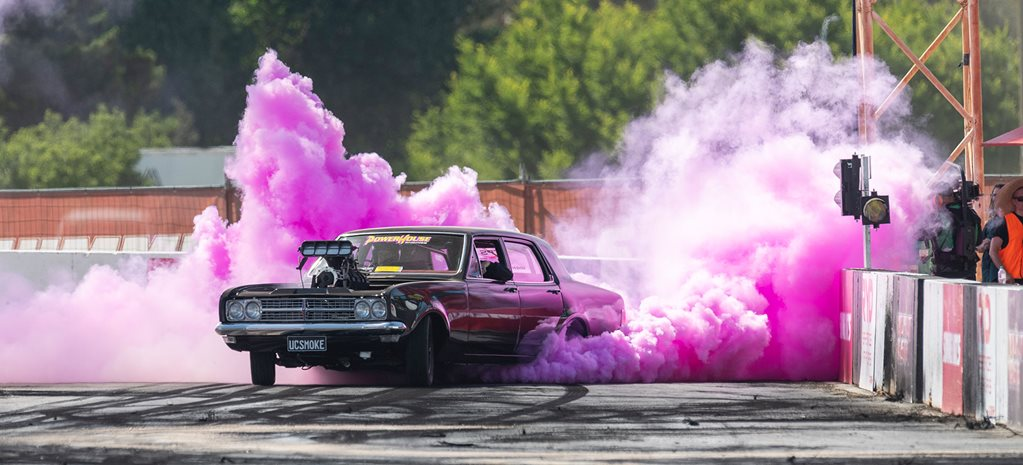 Street Machine Summernats 32 Sunday Burnouts Replay - VIDEO