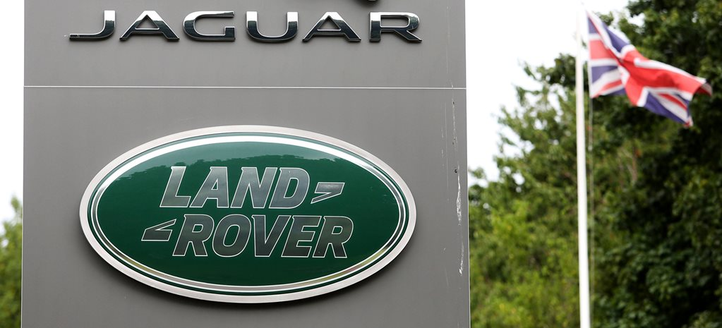 Jaguar Land Rover cuts 4500 jobs in transition to electric future