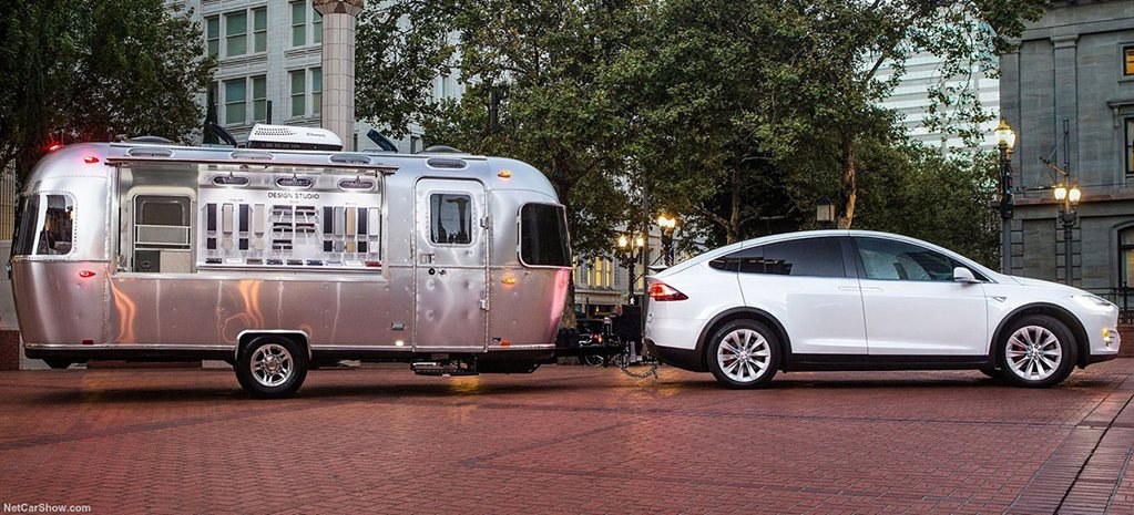 Are electric vehicles and hybrids good for towing?
