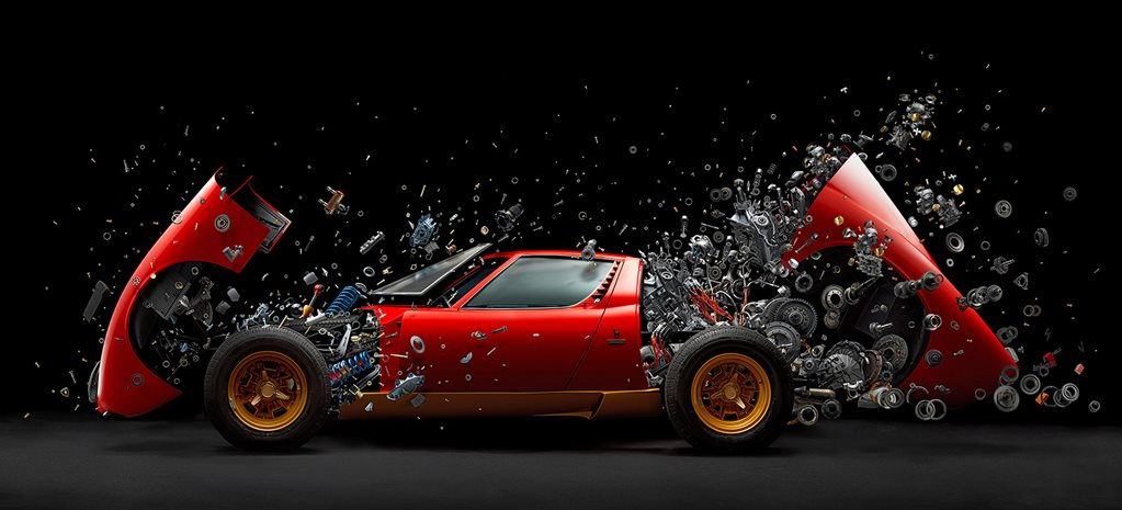 Feast your eyes on this exploding Lamborghini Miura SV