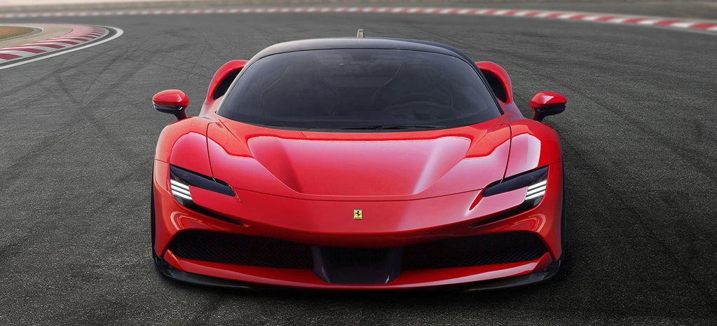 2020 Ferrari SF90 Stradale revealed