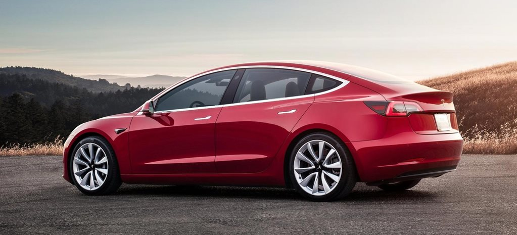 2019 Tesla Model 3 Performance configurator news