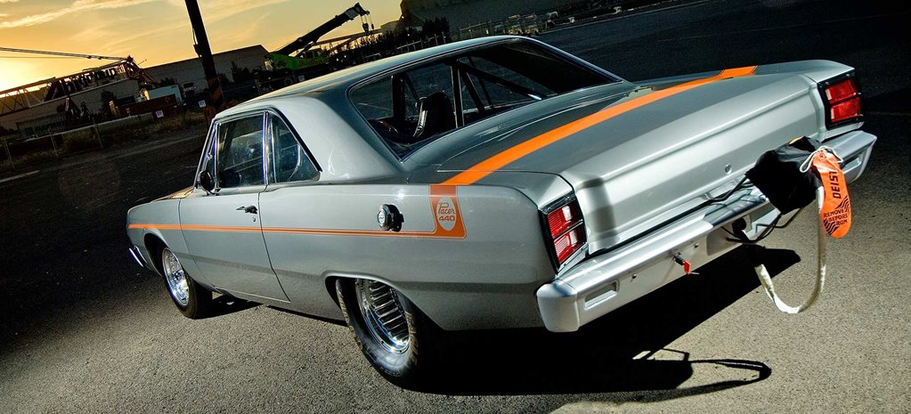 Big-block 1970 Valiant VG Pacer - flashback