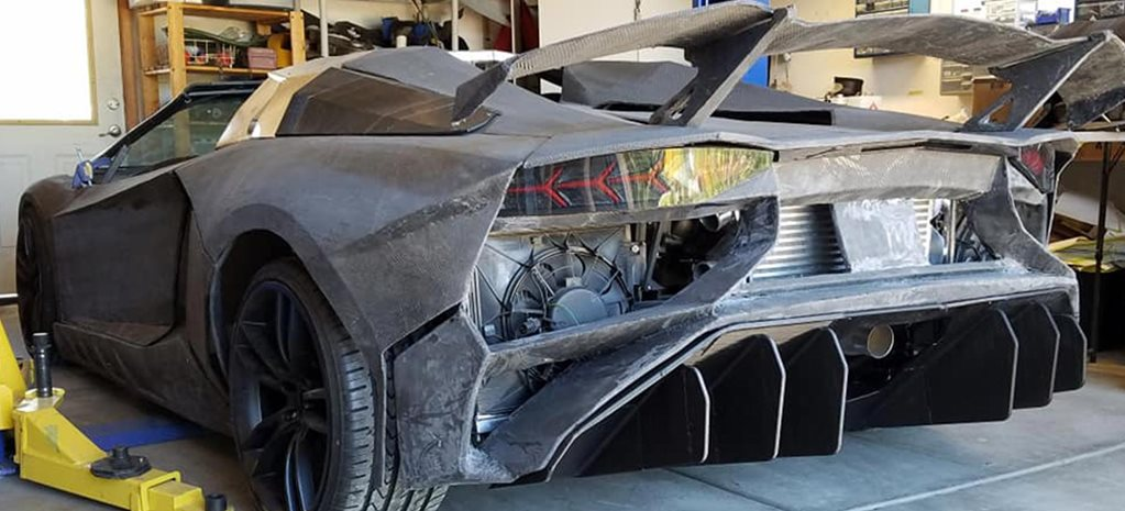 Physicist 3D-prints a Lamborghini Aventador in his own garage