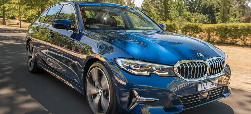 2019 BMW 330i performance review feature