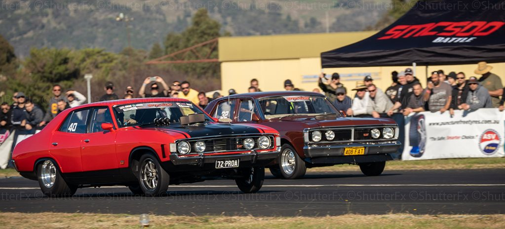 SMC500 drag battle at Cootamundra Airport
